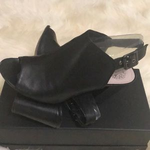 Vince Camuto Black Nappa Shoes size 7